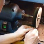 Nick Kellett Jewellery With This Ring Workshop Polishing 7